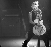 "Billy Duffy From ""The Cult"" On Tour With The BE100"